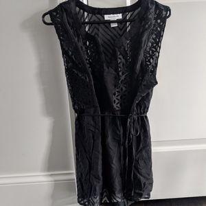 Black Sleeveless Maternity Shirt